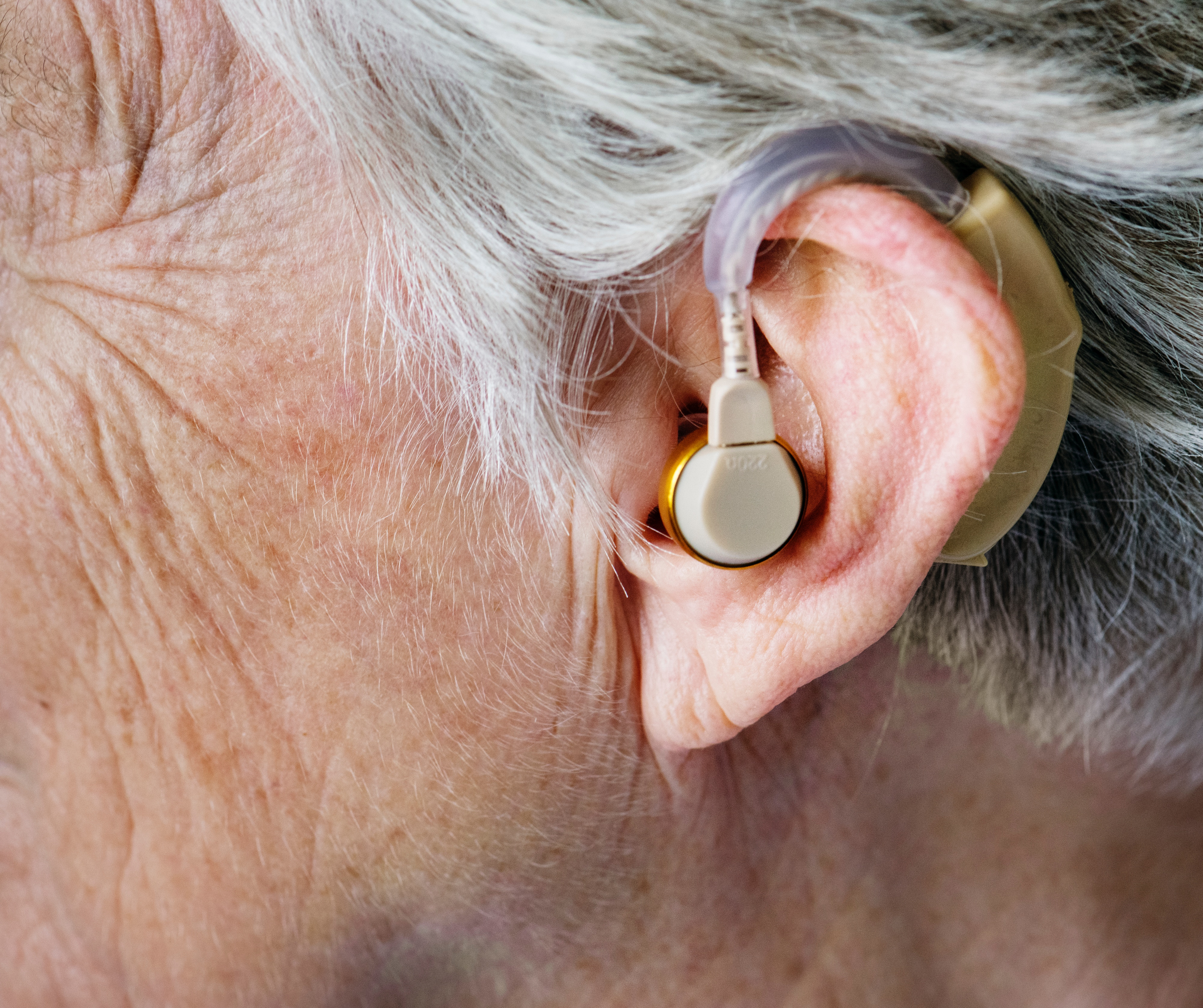 Hearing aids for elderly